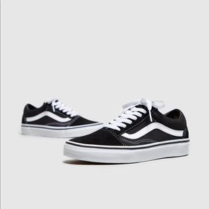 Vans Black Old Skool Sneakers